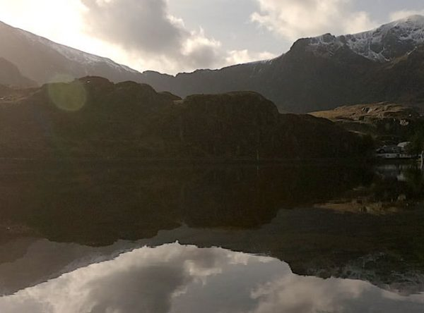 Llyn Ogwen Loop | Hiking & Running in Snowdonia National Park
